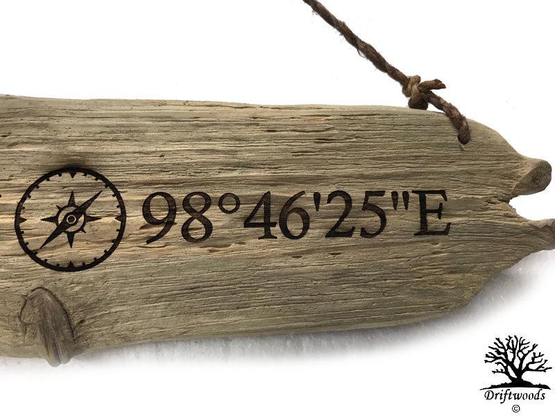 Gravur auf Treibholz-Brettchen