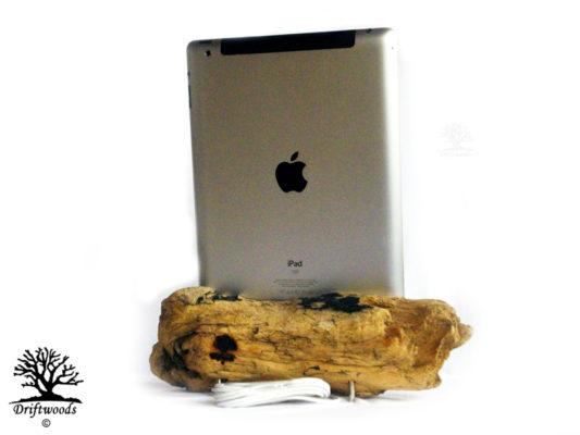 dock-iphone-driftwoods